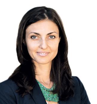 Reviro -Adriana Comaneci