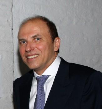 Norbert Teschner, General Manager Saint-Gobain Glass Romania Building (2)